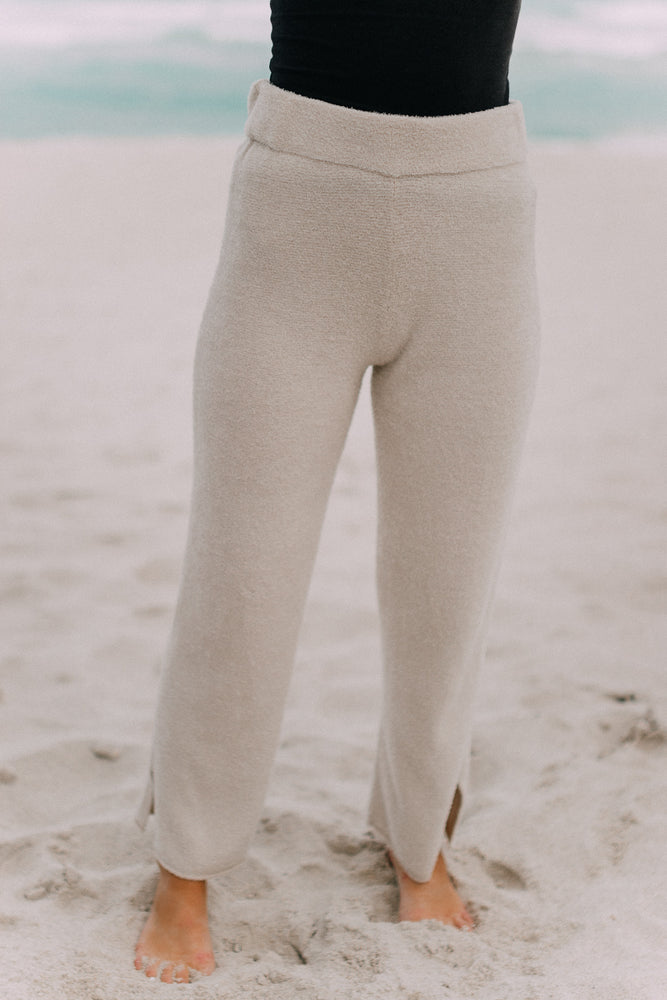 Barefoot Dreams: CozyChic Lite® Cropped Pant - Stone /Pearl