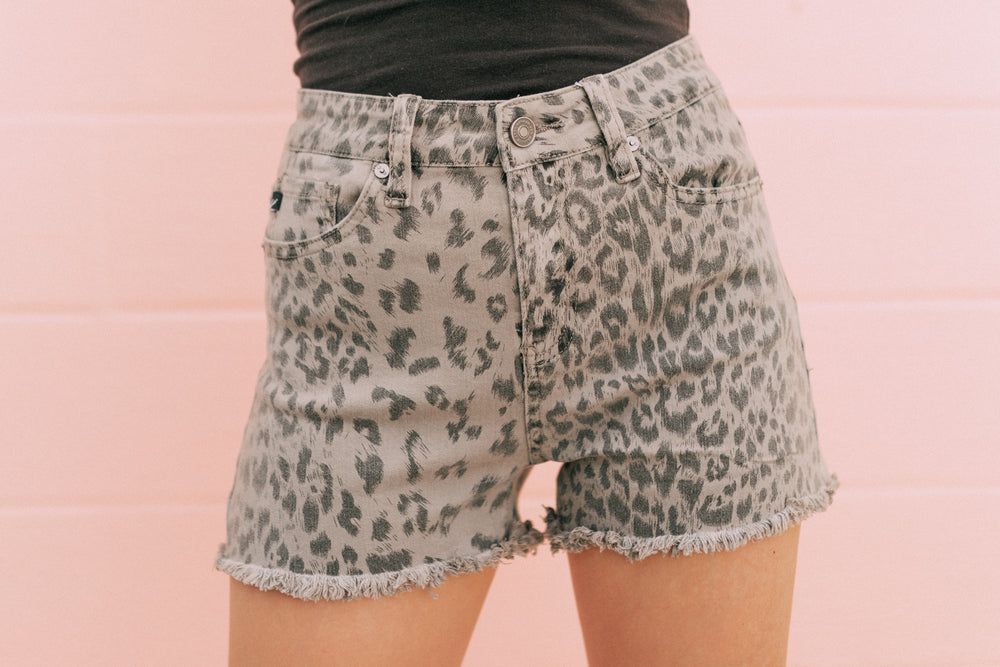 Leopard Kancan Shorts - Grey