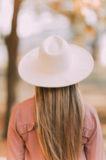 BEIGE RANCHER HAT