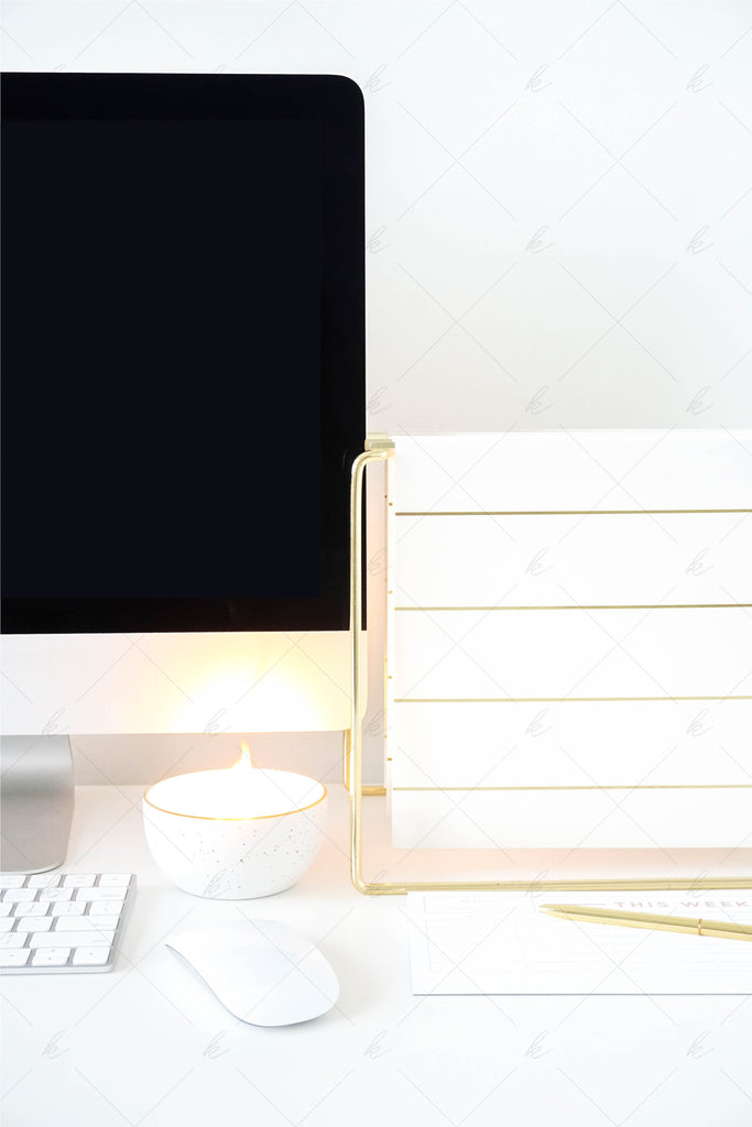White and gold office desk stock photo for creatives