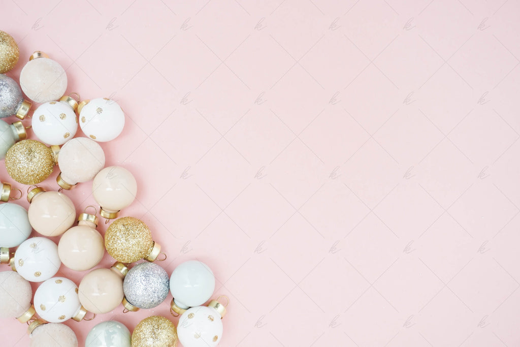 Holiday 2018 Styled Stock Photo Collection for Creatives