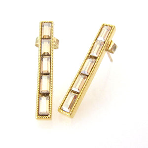 JE Classic Collection Long baguette studs with Swarovski Crystal