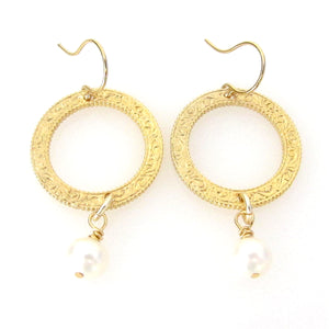 Eternity Circle Small Earrings with Semi-Precious Stones and Pearls