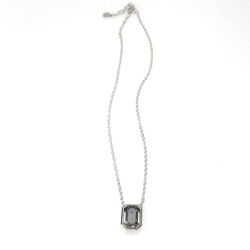 JE Classic Collection Jordan Swarovski Pendant