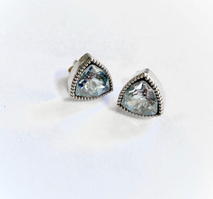 JE Classic Collection Maya Studs with Swarovski Crystal