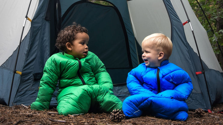 2 Babies in Little Mo 40° Synthetic Baby Sleeping Bag Blazing Blue and Moss Green Camping Happy and Warm - Morrison Outdoors
