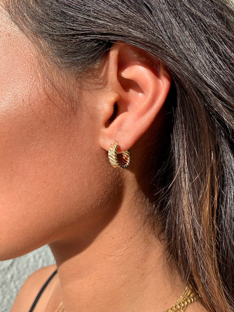 THE SMALL SEÑORITA HOOPS