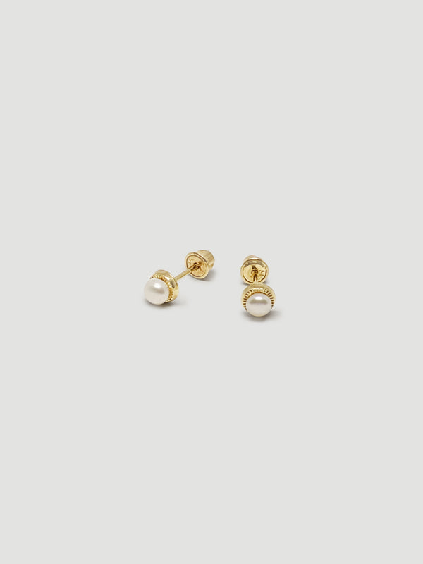 THE NESTED PEARL STUDS