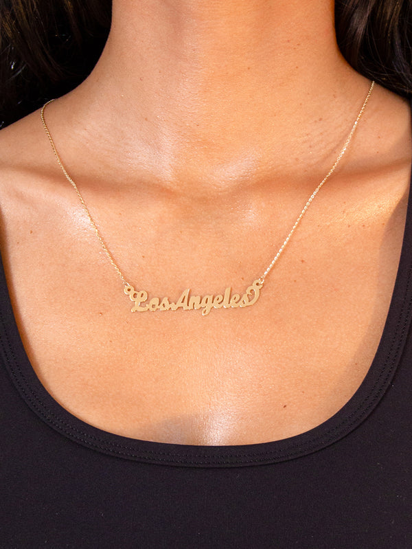THE NAME NECKLACE