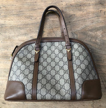Load image into Gallery viewer, Gucci monogram purse