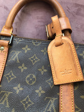 Load image into Gallery viewer, ***SOLD***Louis Vuitton Keepall 50 Bandoulière