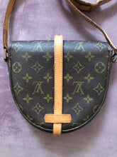 Load image into Gallery viewer, ***SOLD***Louis Vuitton Chantilly PM