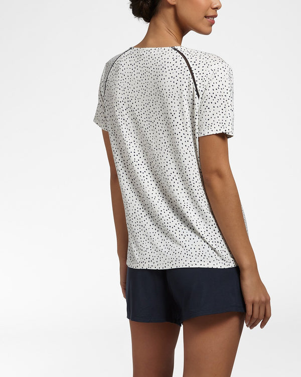 LUXURY ESSENTIALS Spotted Ivory - Top with short sleeves