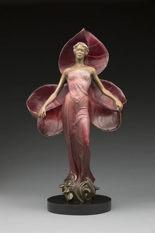 Queen of the Shade - Bronze Sculpture by artist Phyllis Mantik deQuevedo