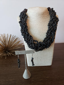 BRAIDED BLACK SHELL NECKLACE & EARRING SET