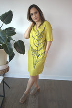 Load image into Gallery viewer, LADIES SHIFT DRESS HELICONIA TD105