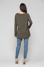 Load image into Gallery viewer, Kelly Crew Neck - Olive