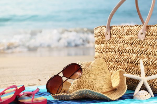 Top 10 Beach Beauty Bag Must Haves!
