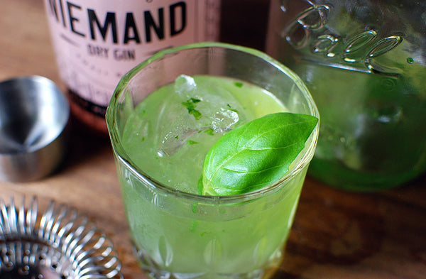 Niemand Basil Smash