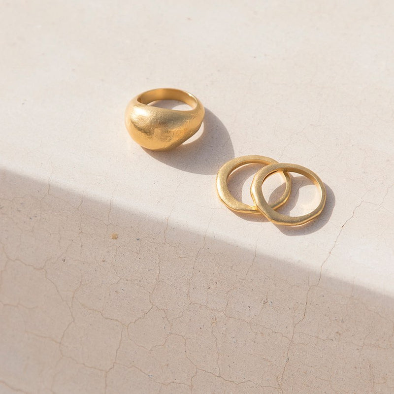 GOLDEN LIGHT DOME RING