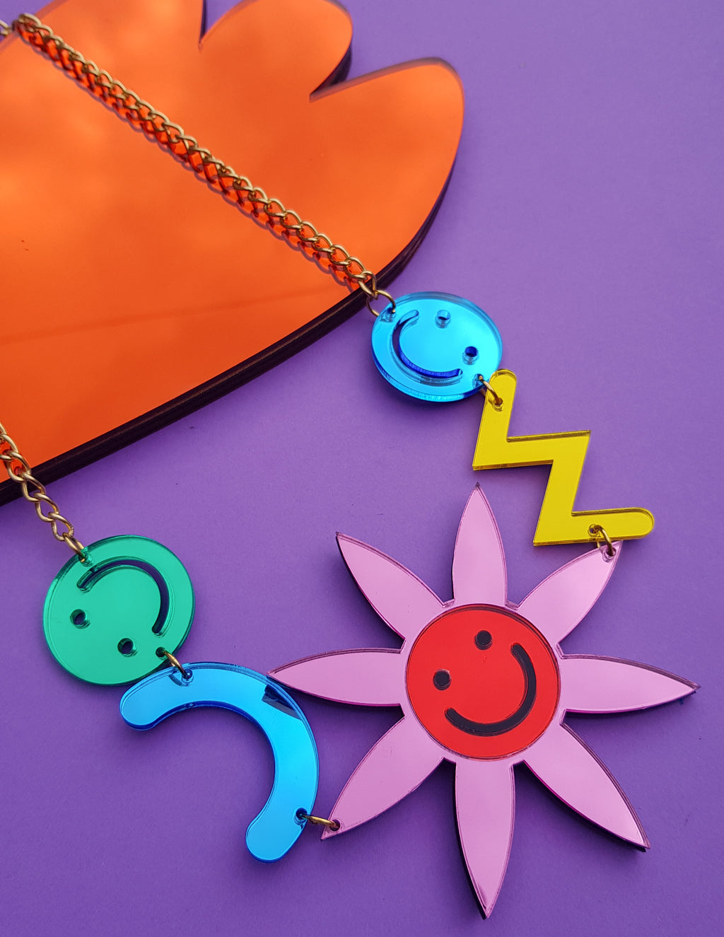 Smiley Necklace Pink (large)