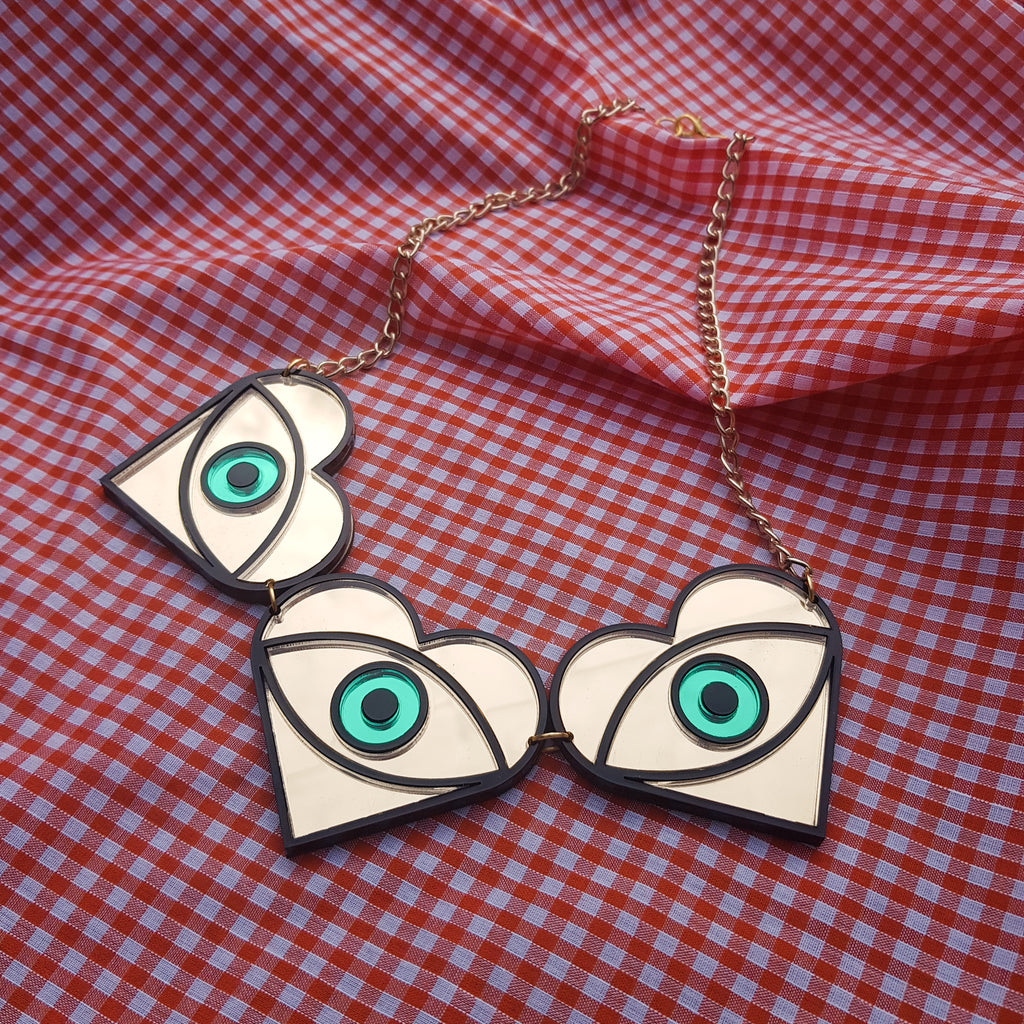 Statement eye necklace