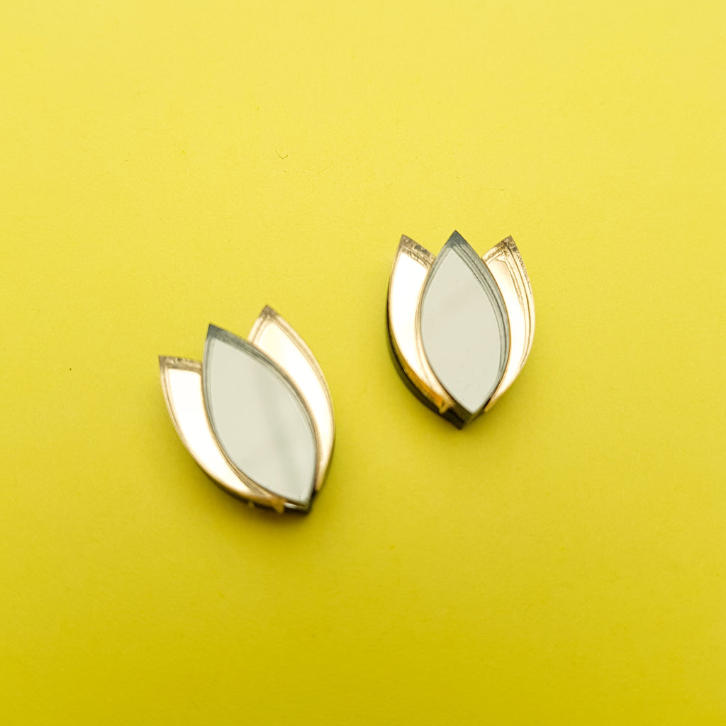 Dahlia Stud Earrings (bronze/gold)