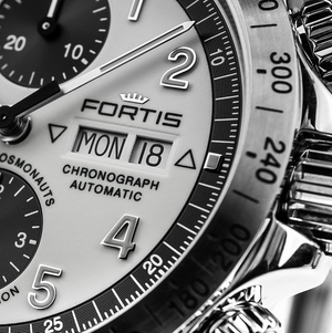 Fortis Classic Cosmonaut Steel Limited Edition