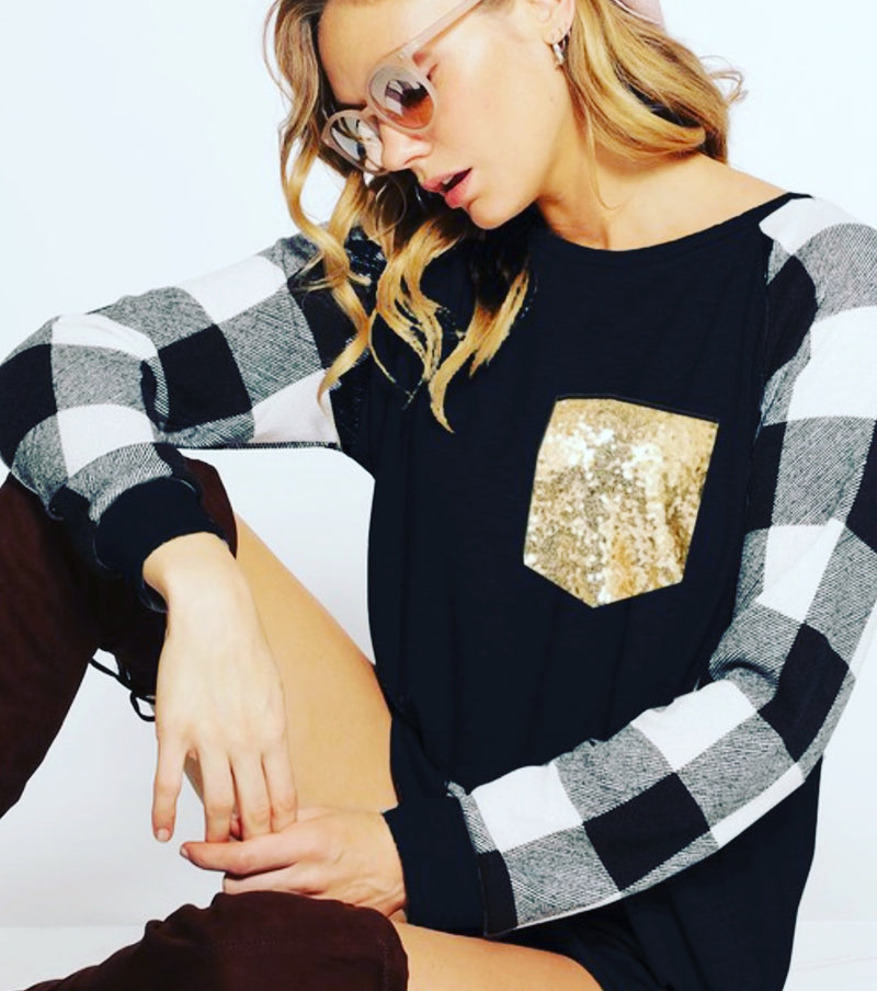 Holiday black and white checkered long sleeve glitter gold pocket