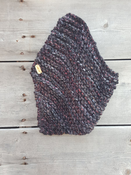 Triangle cowl scarf