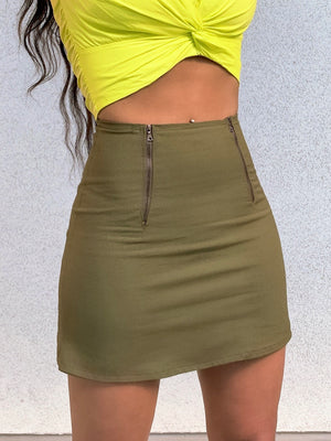 Open image in slideshow, Quinn Zip Front Skirt