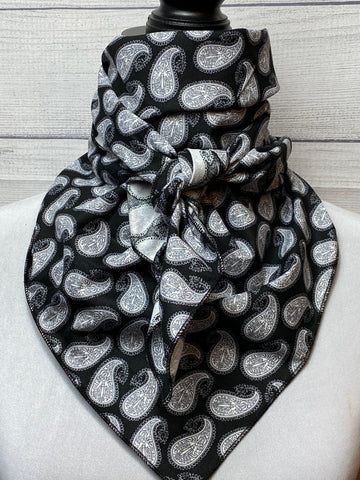 The Black & White Paisley Cotton Rag