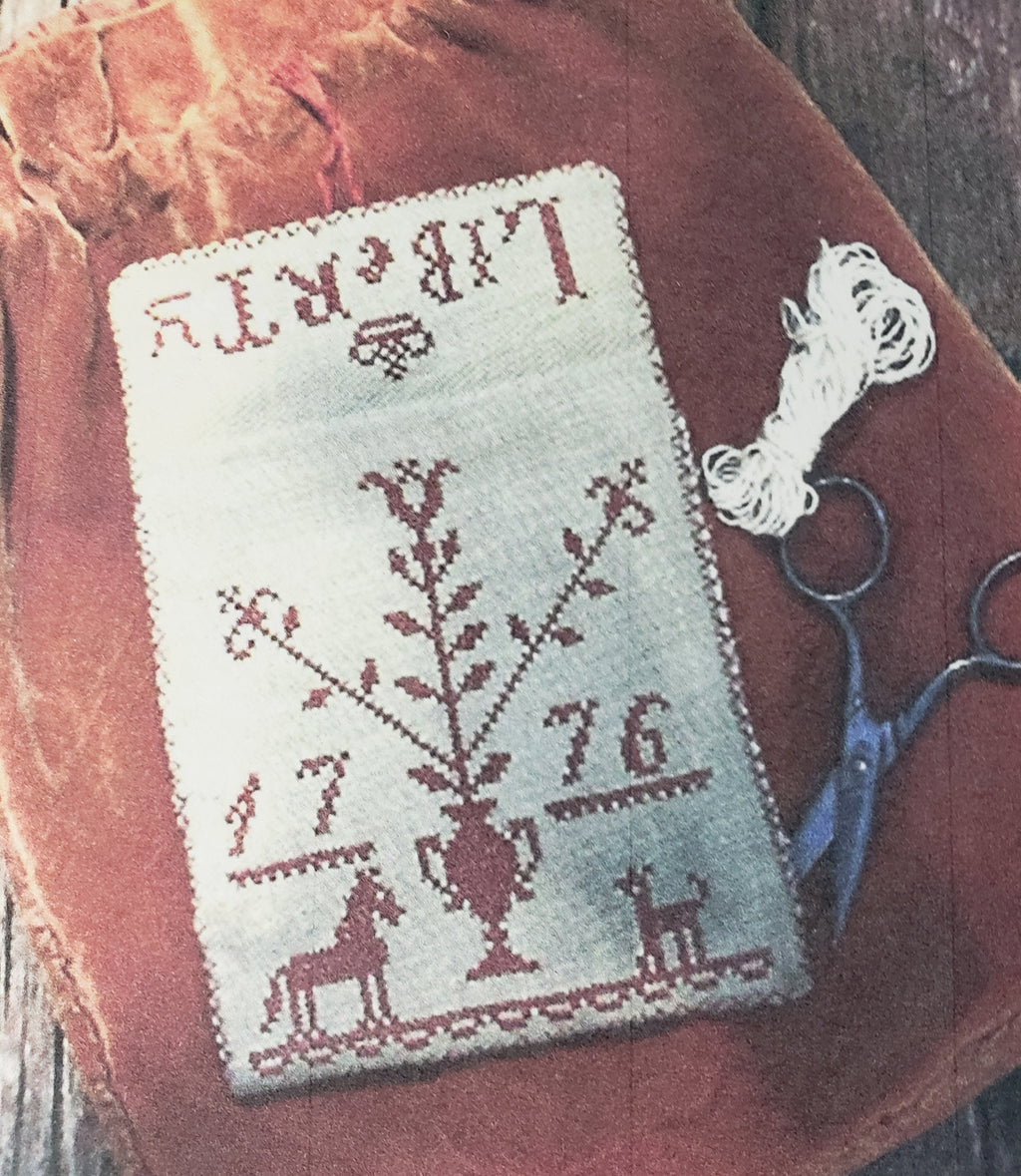 LIBERTY 1776 Sewing Pouch Cross Stitch Kit - Stacy Nash Primitives Cross Stitch