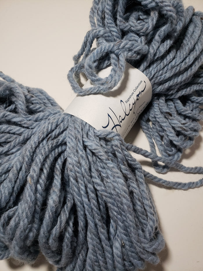 SKY BLUE Heathered Bulky Yarn for Rug Hooking