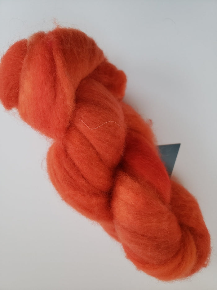 Corriedale Sliver - BLOOD ORANGE - OOAK Hand Dyed Fleece - Shades of Orange