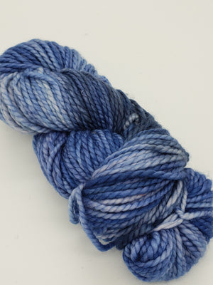 BRANDERS POND - LIL TWISTY 2 PLY -  Hand Dyed Shades of Blue Worsted Yarn for Rug Hooking - RSS219