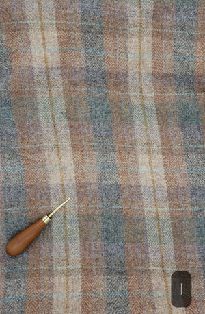 GREY BEIGE GOLD PLAID #282I - Washed and Felted 1/2 yard - Ready to use Wool Fabric for Rug Hooking or Wool Applique