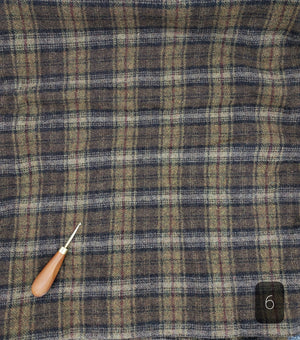 MOSS GREEN PLAID #289-6 - FAT QUARTER - Ready to use Wool Fabric for Rug Hooking or Wool Applique