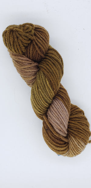 Wonder Woolen - MORNING COFFEE -   OOAK Fleece Artist Hand Dyed Yarn - Shades of Brown