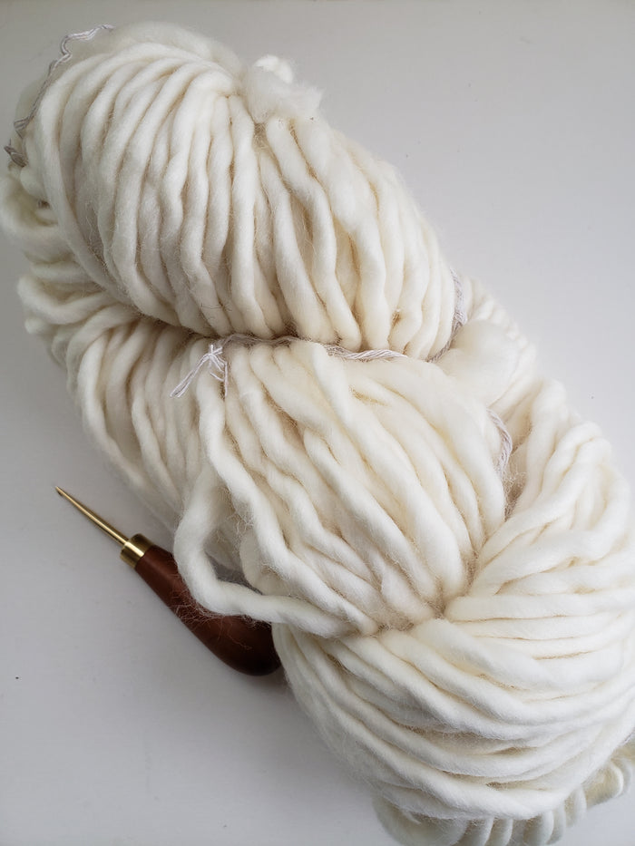 NATURAL POUF MERINO - 100% Merino - Chunky/Bulky Yarn for Rug Hooking