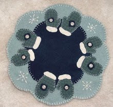 Winter Mittens Wool Applique Pattern - Candle Mat