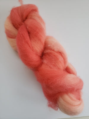 Corriedale Sliver - CORAL - OOAK Hand Dyed Fleece - Shades of Pink