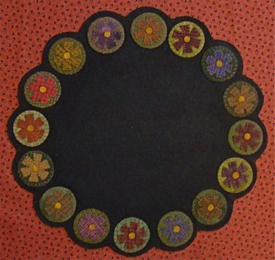 Petals for Penny Table Mat -  Wool Applique Pattern