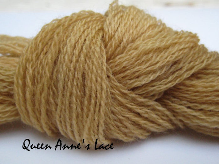 Queen Anne's Lace #025 - Wool Thread for Needle Punch and Wool Applique - Red Sand Fibre