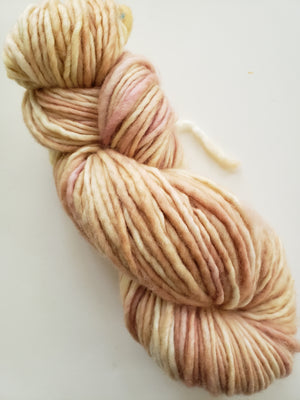 TEA ROSE - ONE PLY PLUSHY -  Hand Dyed Shades of  Pink and Cream Chunky Yarn for Rug Hooking - RSS224