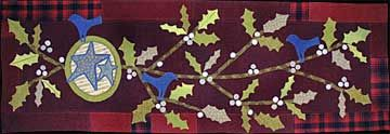 Winterberry Table Rug Wool Applique Pattern - Sue Spargo