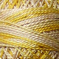 M67 Blurry Vanilla Hand Dyed Cotton 3 Strand Valdani