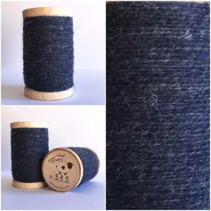 585 Rustic Moire Wool Thread