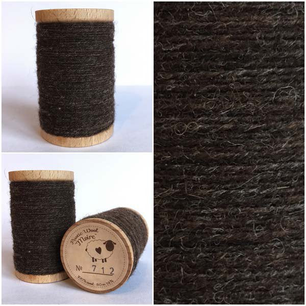 712 Rustic Moire Wool Thread