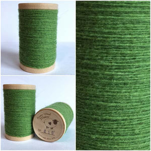 816 Rustic Moire Wool Thread